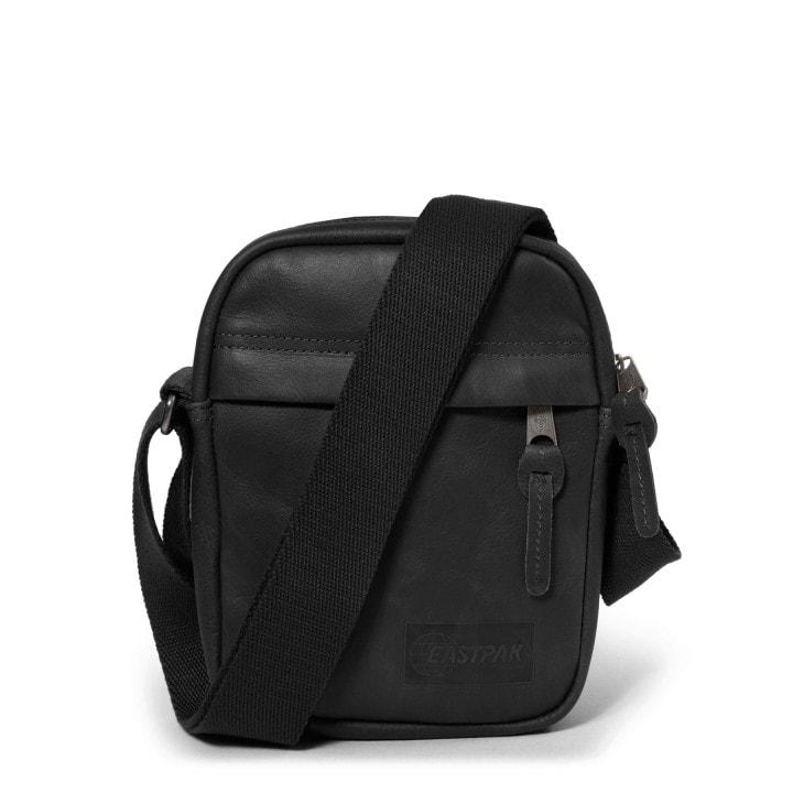 EASTPAK Kožená taška přes rameno The One EK04564O - černá