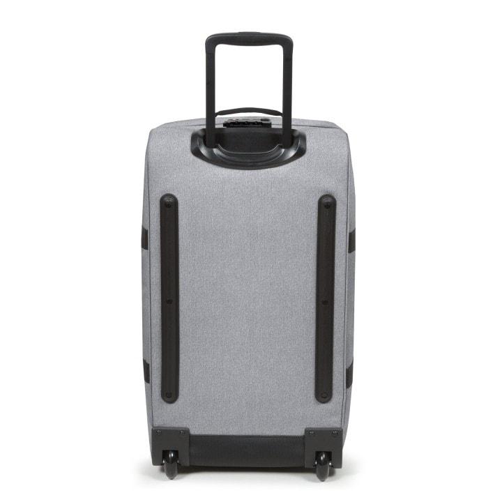 CESTOVNÍ TAŠKY % Cestovní taška má pohodlné výsuvné madlo s aretací. 1d8c5c4636